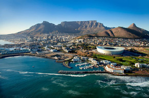 Cape Town with Table Mountain